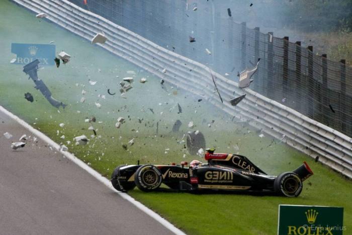 Maldonado crashes again in F1