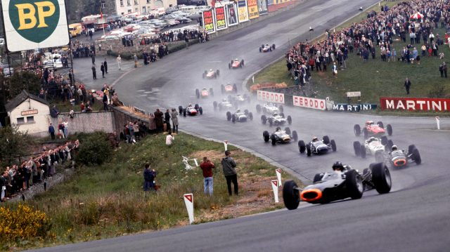 Eau Rouge, best race tracks in world