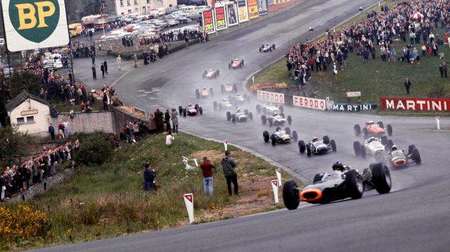 Eau Rouge, best race tracks in world