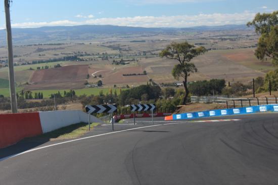 Skyline Bathurst, best race circuits in the world