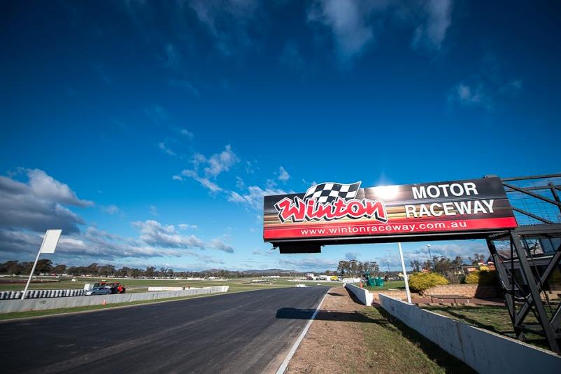 motorsport blog, vasc, winton raceway, alex dodds motorsport