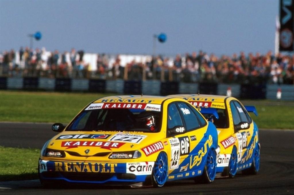 renault laguna btcc, motorsport blog, btcc blog, the hairpin corner, thehairpincorner