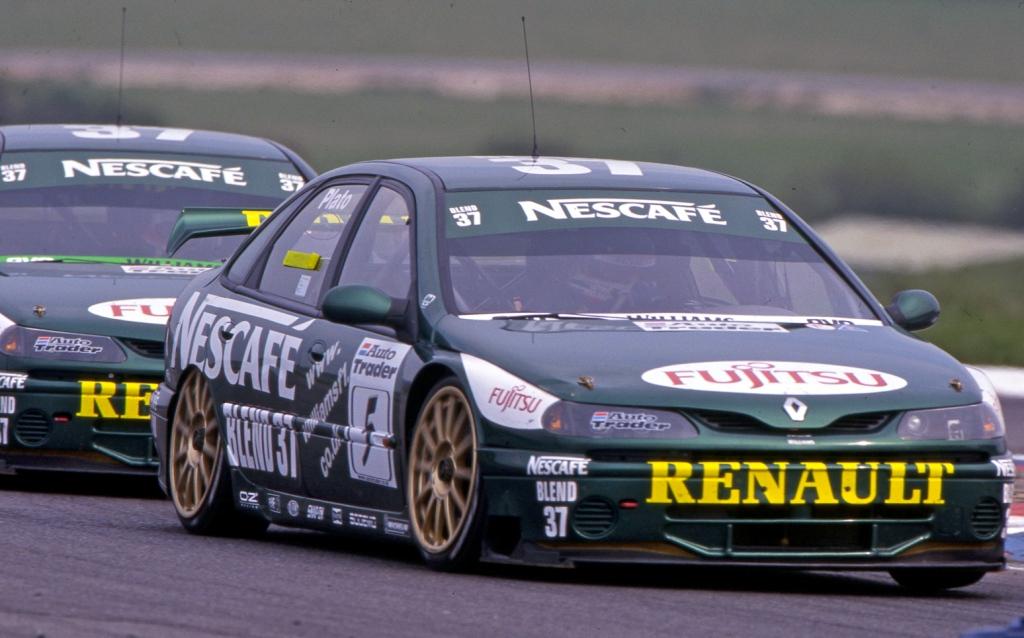 renault laguna btcc, motorsport blog, btcc blog, renault, thehairpincorner, the hairpin corner