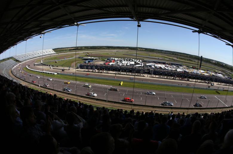 btcc, rockingham, btcc blog, thehairpincorner, the hairpin corner btcc, rockingham review 2018